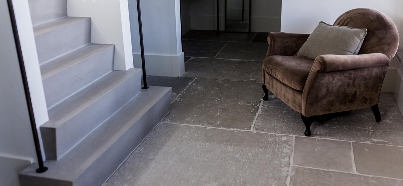 Van-Asselt-bouw_0007_10-Van-Asselt-bouw-tegels-trap